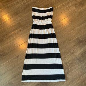 GAP size small maxi strapless dress
